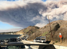 Smoke plume and evacuation from the 2018 Woolsey Fire