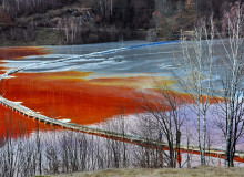gold mine water pollution